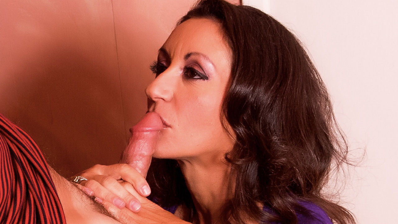 Hot MILF Persia is craving big cock